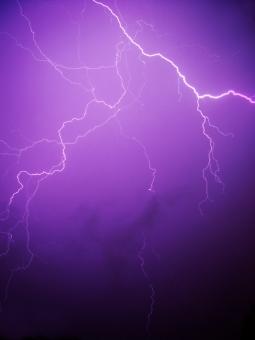 Lightning_02890-200208 © DILMEN Nevit Wikipedia.jpg